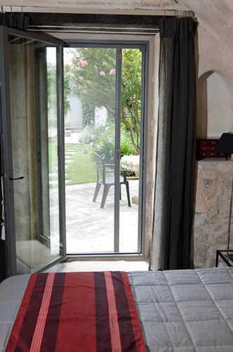 moustiquaire 07 autour du store 85. Black Bedroom Furniture Sets. Home Design Ideas