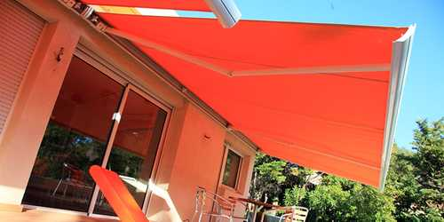 store banne de couleur orange